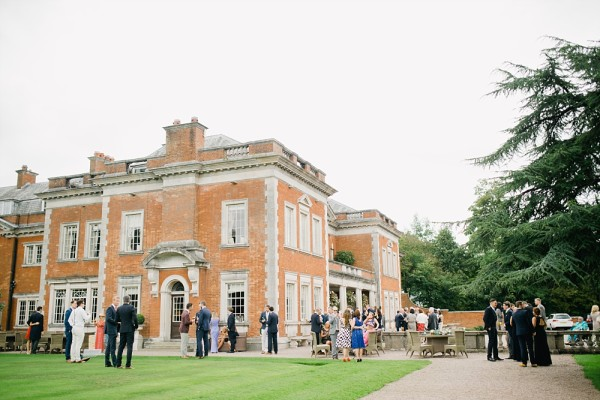 An Eaves Hall Wedding in navy blue : A Preview