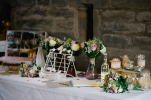 guest book with bouquets