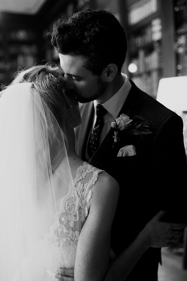bride and groom at portico library
