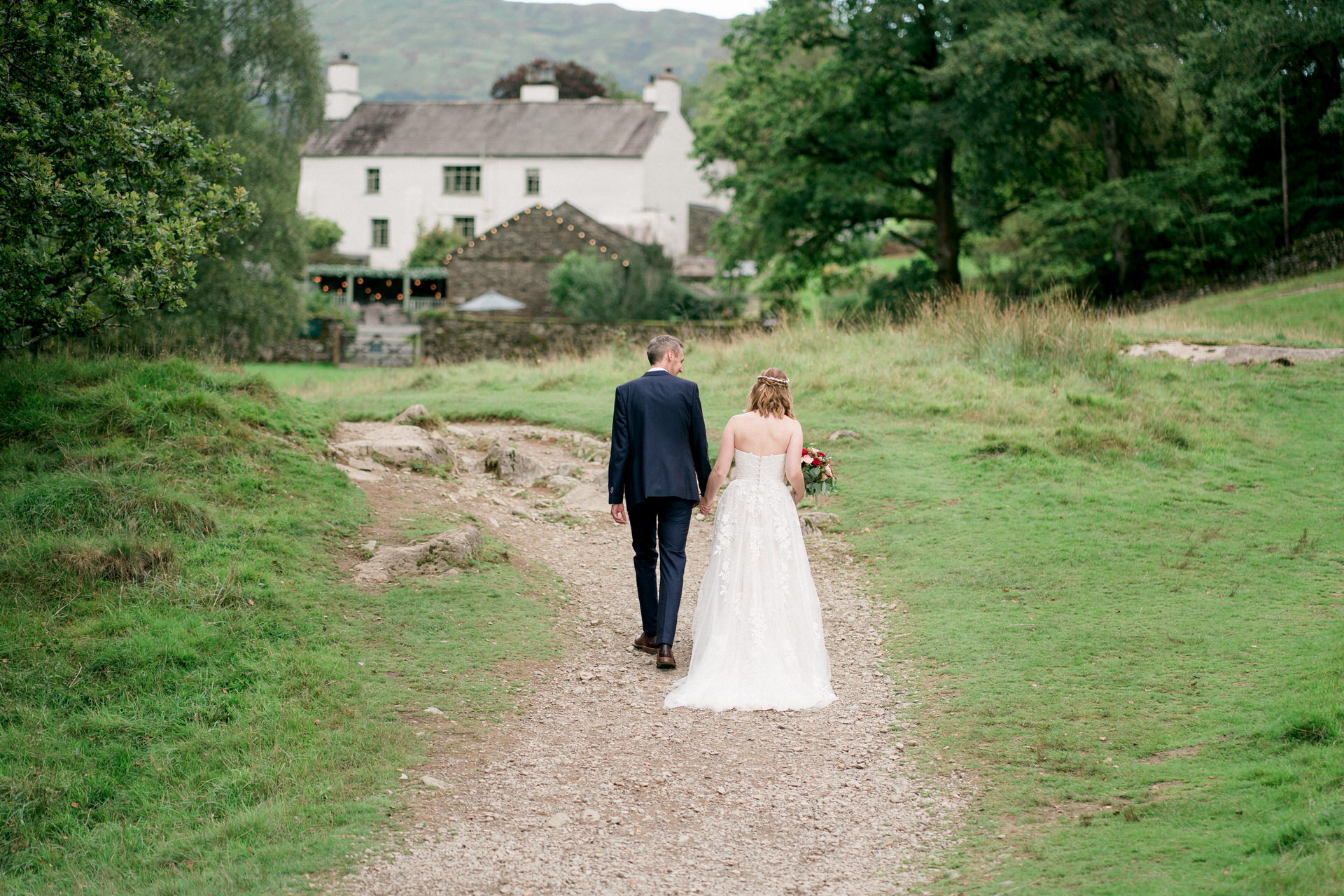 wedding in the lakes