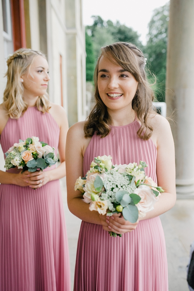CONGLETON WEDDING PHOTOGRAPHER | ANNA & DAN AT GLEBE FARM IN ASTBURY