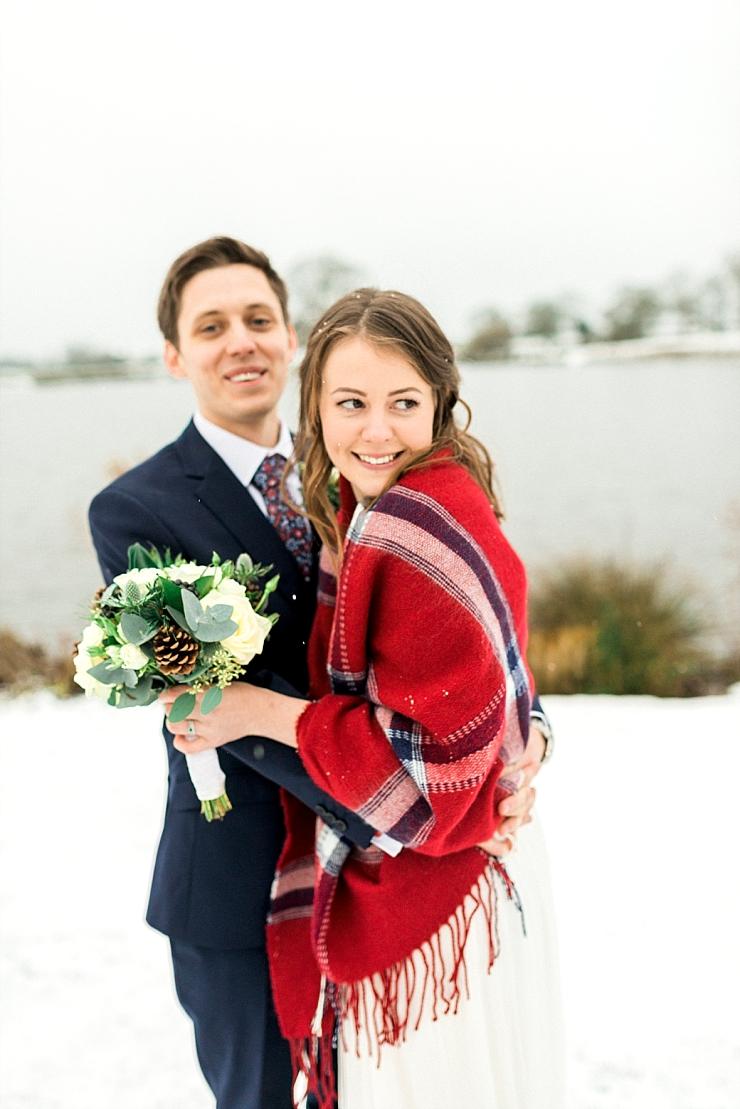 A SANDHOLE OAK BARN CHRISTMAS WEDDING