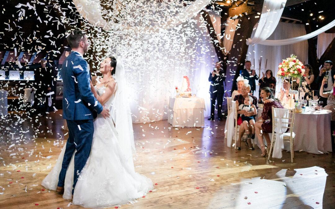 Rivington Hall Barn Wedding : Emma and Mike